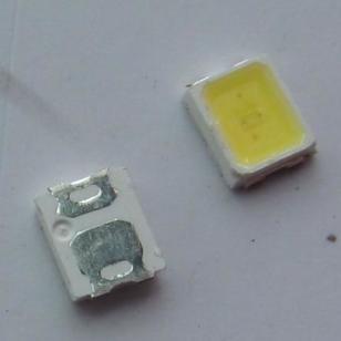 SMD2835贴片灯珠图片