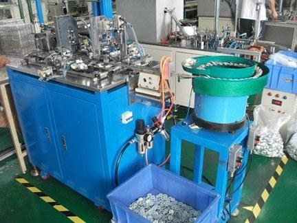 400全自动端盖插刷机、130焊线机、500自动盖板机、全自动微电机