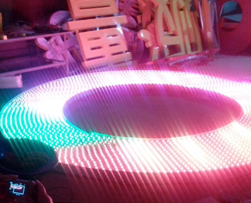 供应LED炫彩屏生产加工外露字冲孔字/LED炫彩屏生产加工价格