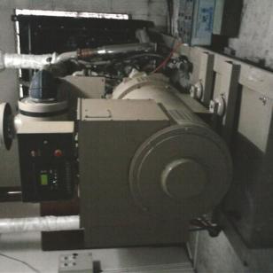 康明斯发电机13878198542图片