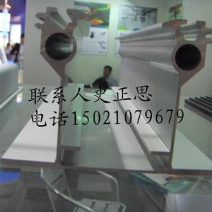 高速列车铝合金型材图片