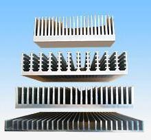 供应挤压系列铝合金散热器/定制各种铝合金散热器型材