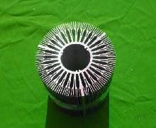 供应小铝挤压散热器型材