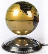 金黄色磁悬浮地球仪