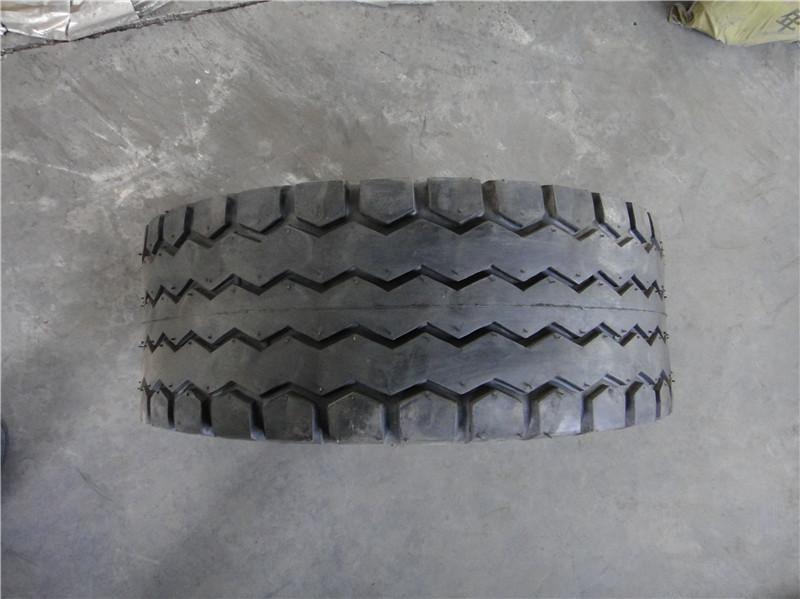 供应叉车轮胎供应商