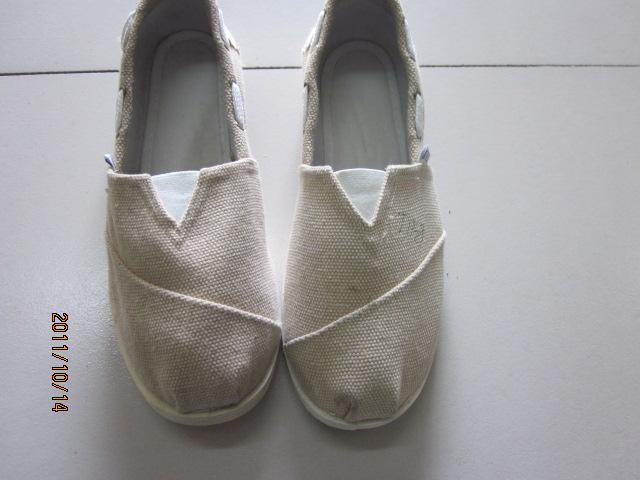 老北京布鞋女鞋单秋款时尚toms图片