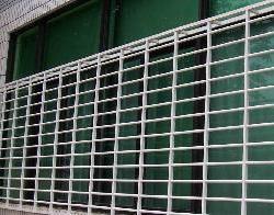 供应罗湖区不锈钢门窗安装