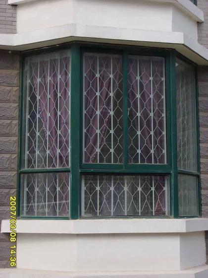 供应宝安区防护窗哪家永不生锈