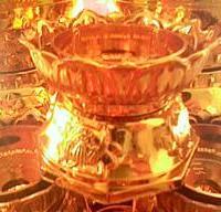 供应用于蜡烛 斗烛 石蜡烛的塑料烛台,都烛塑料底座,蜡烛底座,斗烛金角,蜡烛金脚,塑料金角台,烛台厂家