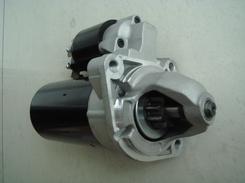 宝马X5E70起动机图片