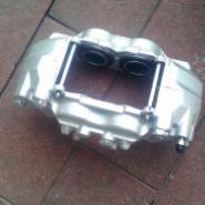 三菱V97前刹车分泵图片
