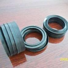 供应铜铝材挤压机主缸V形组合密封件