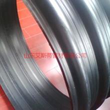 供应济南HDPE双平壁钢塑复合管、钢塑缠绕管、里外塑料中间钢带排污管