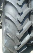 供应厂家直销采棉机轮胎230/95-48