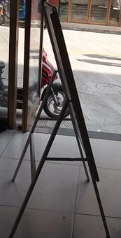 供应带背板的海报架铝合金海报架展架背
