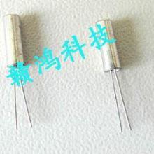 供应圆柱音叉晶体,石英晶体谐振器,千赫晶振,数字电表晶振批发