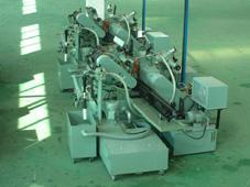 供应无心磨床通过研磨2台连线装置 无心磨床  高精密无心磨床