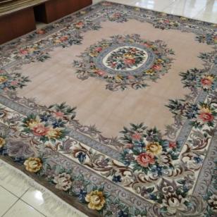 手工打结编织高档真丝地毯图片