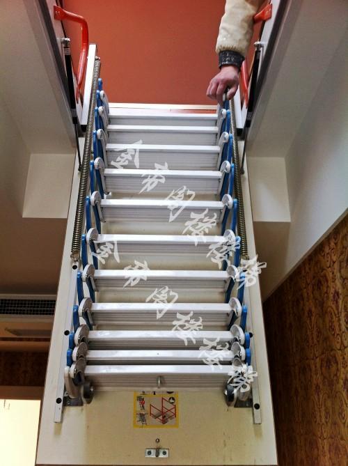 山东阁楼伸缩楼梯图片图片