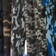 服装迷彩布面料图片