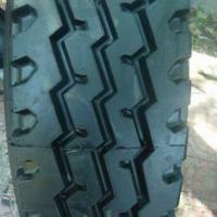 供应1000×20汽车轮胎