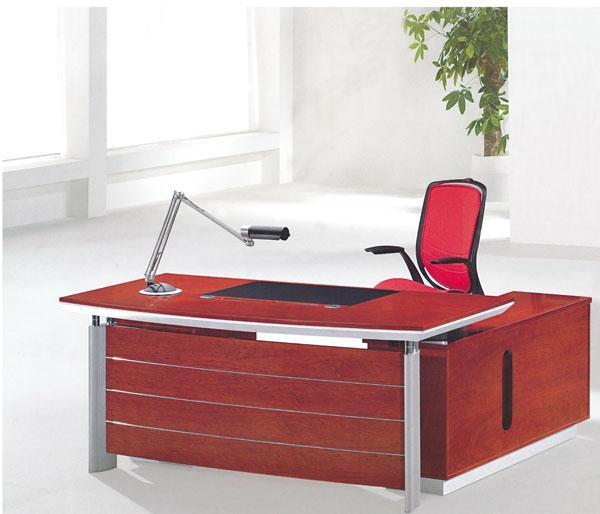 供应珠海横琴办公桌免费设计办公室