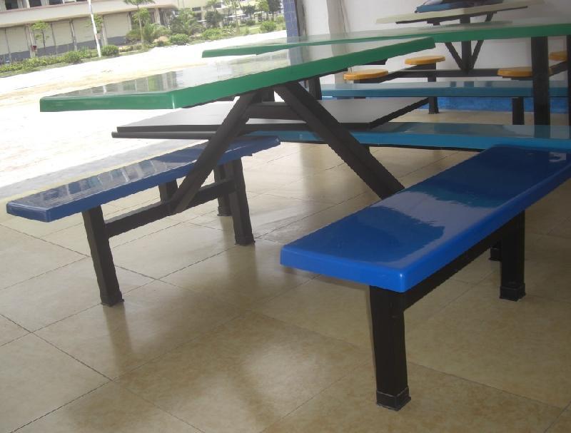 供应玻璃钢玻璃钢餐桌玻璃钢免费送货测量场地