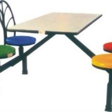 供应玻璃钢靠背餐桌英腾家具专业生产批量更可优惠免费送货