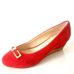 简雅特舒鞋业生产供应高仿品牌真皮女鞋生产商简雅特