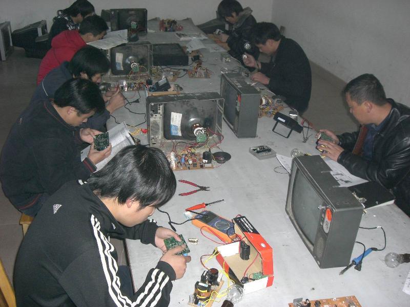 巴音郭楞蒙古大专院校招生