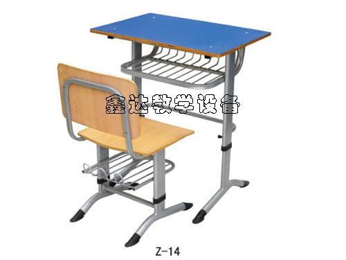供应江西特价学生课桌椅