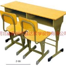 供应湖北双人课桌椅