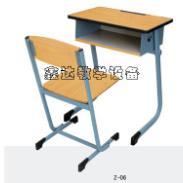 河南固定式环保学生课桌椅销售图片
