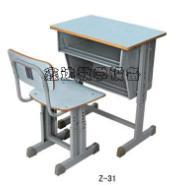 天津学生双斗课桌椅批发图片
