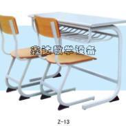 湖南美观双人课桌椅图片