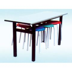 供应青海色彩亮丽餐桌椅