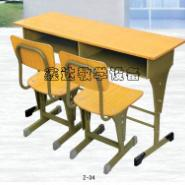 江苏美观双人课桌椅图片