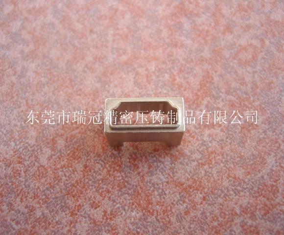 供应东莞锌合金精密压铸HDMI母头