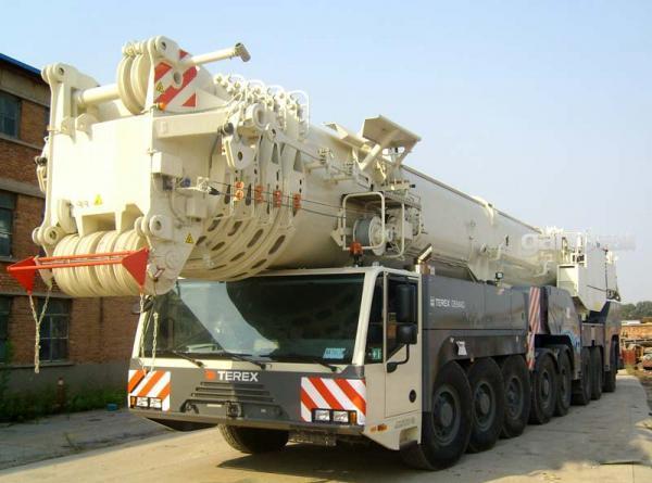 供应 广州150吨200吨吊车出租