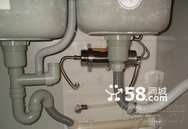 供应苏州台盆下水管道漏水维修水龙头维修阀门安装维修更换图片