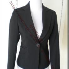 供应男女制服西装定做多少钱几折批发