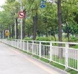 供应上海嘉定松江奉贤热镀锌型护栏设备