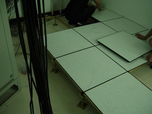 供应防静电瓷砖防静电地板