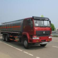 供应中国重型后八轮化工液体运输车图片