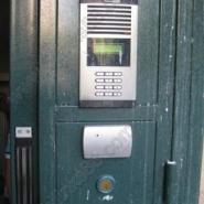 厂家防盗门甲级对开单元门电控门图片