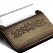 北京实木名片座刻字打标刻图案图片