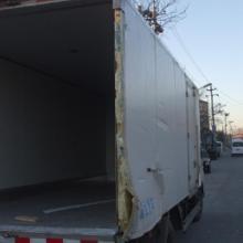 供应北京修厢式货车 维修冷藏车厢体  维修瓦楞铁车厢批发