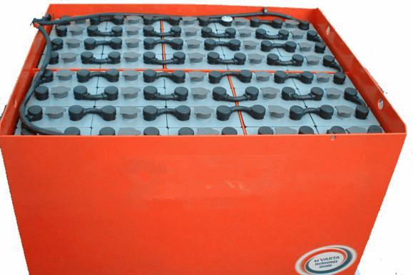 供应青海杭叉CPD15电动叉车电瓶图片