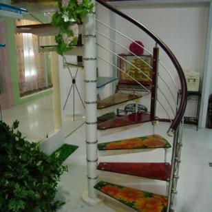 恒置源玻璃旋转楼梯I图片