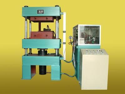 自动瓷球压机自动瓷砖压机振动液压机四柱液压机